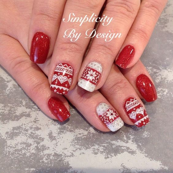 70 Beautiful Christmas Nail Art Ideas - Gravetics