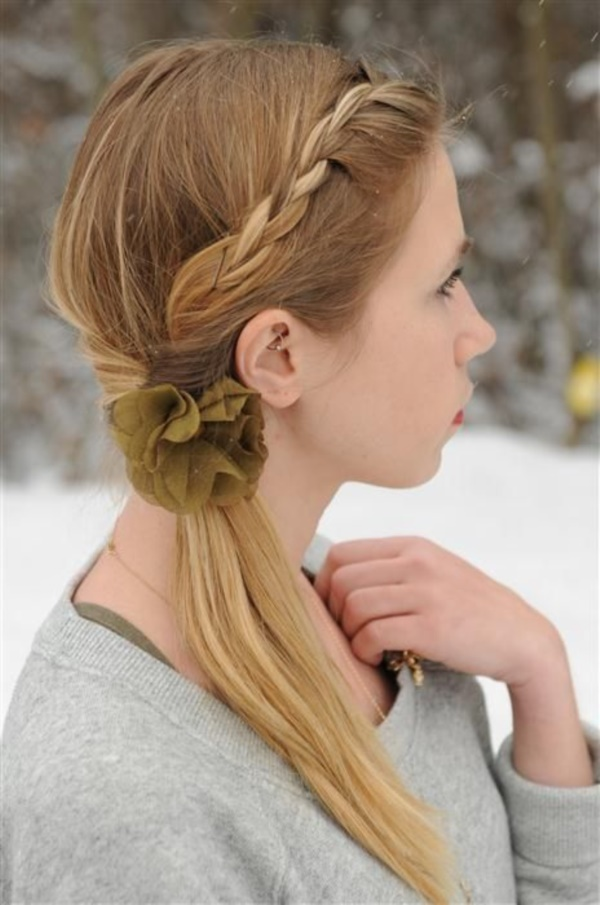 60 Wonderful Side Ponytail Hairstyles That You Will Love Gravetics