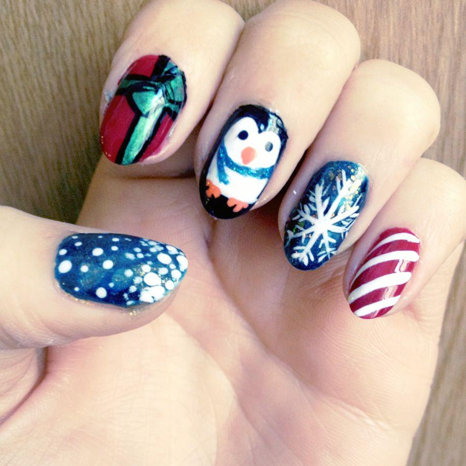 70 Beautiful Christmas Nail Art Ideas
