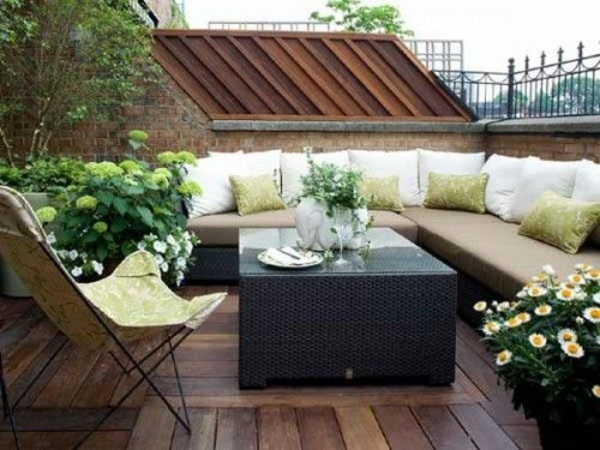 ... Make Rooftop Terrace With Wooden Ornaments And Fresh  ...