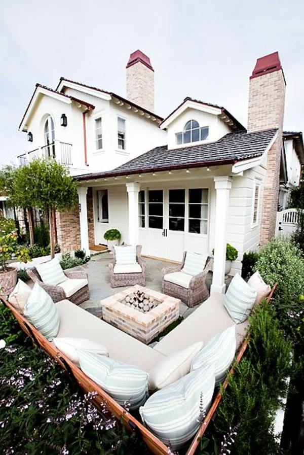 Small-terrace-with-large-living-room Bohemian Small Backyard Ideas on gothic backyard ideas, beautiful backyard ideas, elegant backyard ideas, urban backyard ideas, native american backyard ideas, retro backyard ideas, country backyard ideas, unique backyard ideas, concrete backyard patio ideas, blue backyard ideas, moroccan backyard ideas, summer backyard ideas, chinese backyard ideas, creative backyard ideas, traditional backyard ideas, irish backyard ideas, greek backyard ideas, trendy backyard ideas, jucuzzi tub backyard ideas, czech backyard ideas,