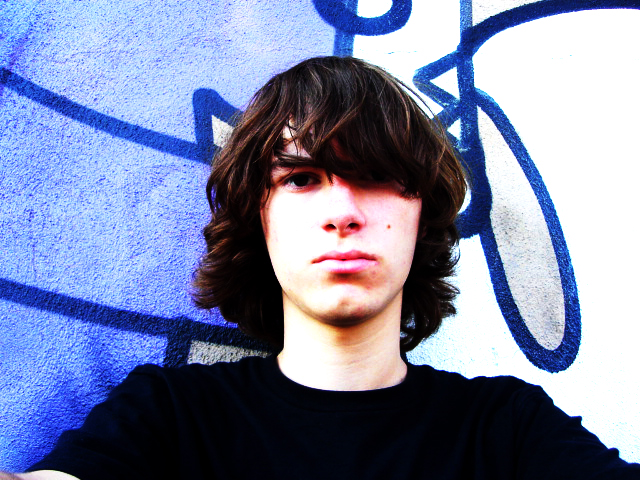 35+ Fabulous Emo Hairstyles For Men