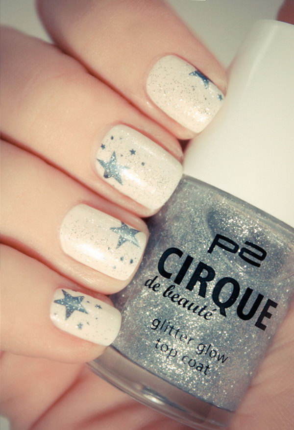 4th of July Nail Art Beige Nails with Gray Stars ... - 40 Beautiful Star Nail Art Designs And Ideas For 2017 - Gravetics