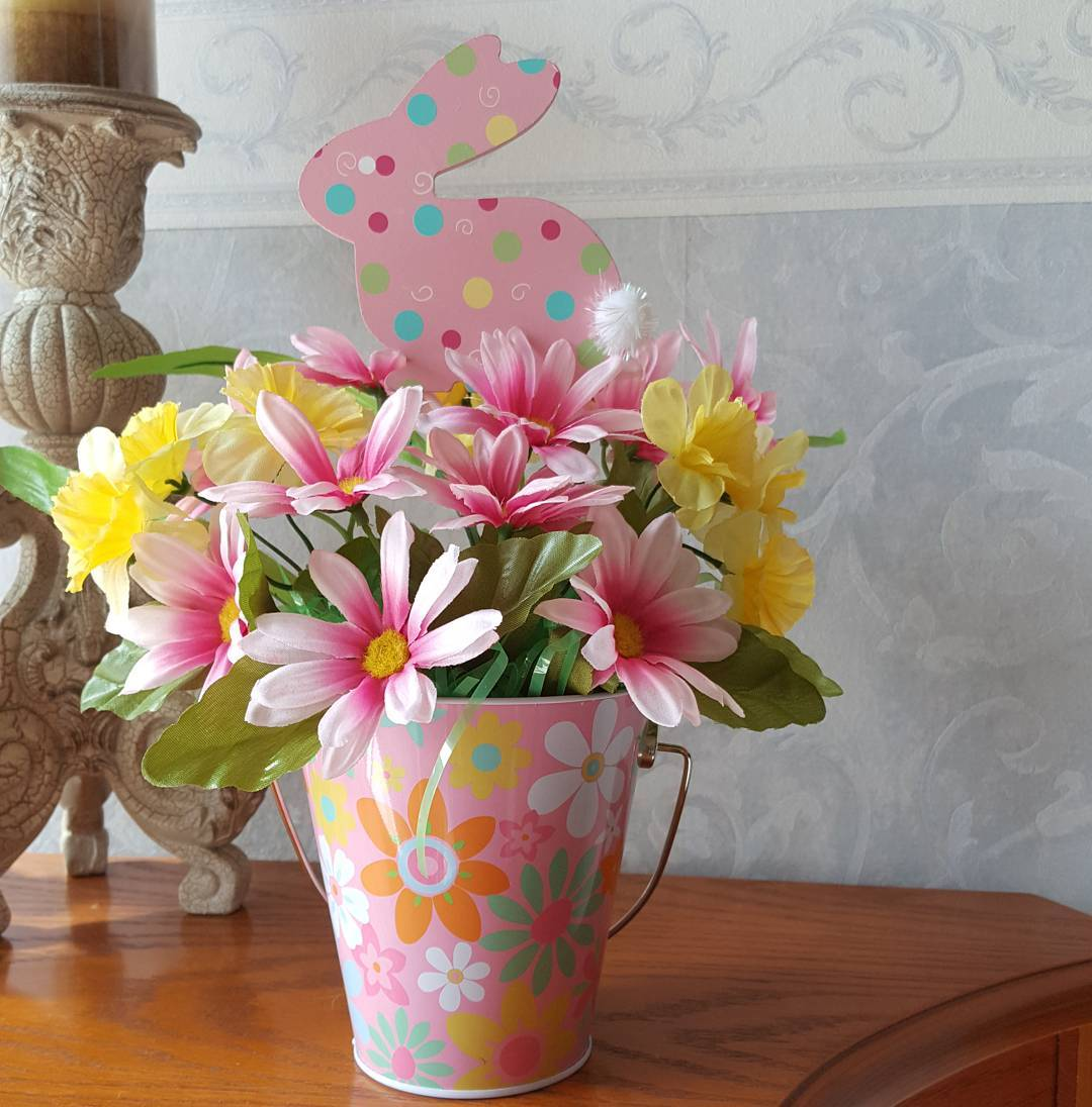 55 Easter Bunny Decor Ideas For A Colorful Easter