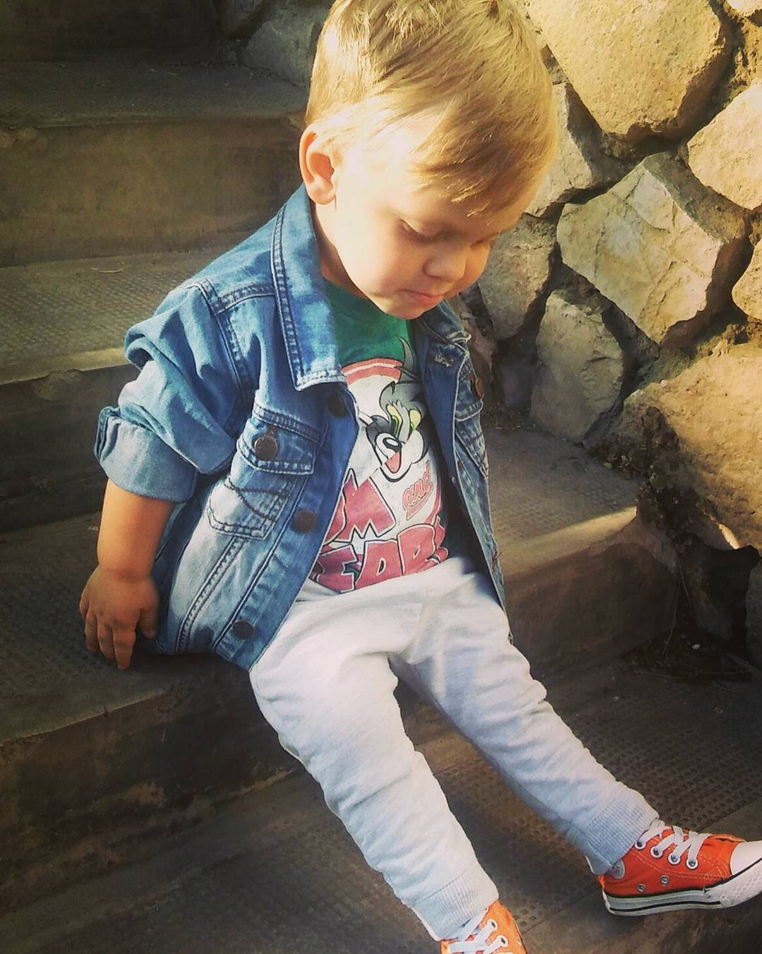 e5a3177648f643 40 Voguish Converse Spring Outfit for Boys That Deserves to Be Flaunted