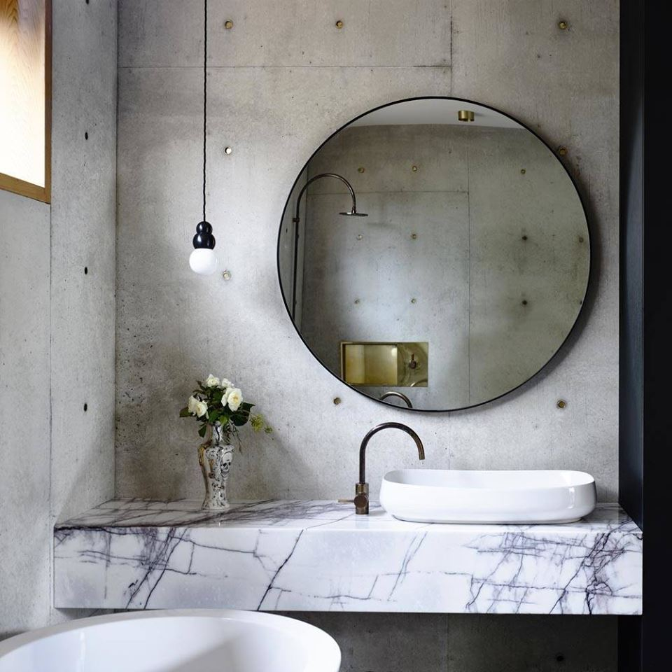 50 Snazzy Big Mirrors In Bathroom Which Lend A Complete ...