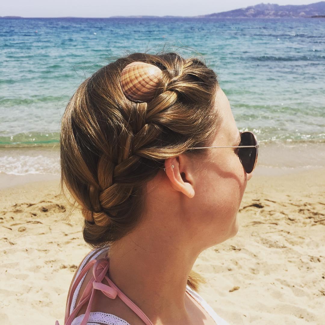Причёски на пляж фото