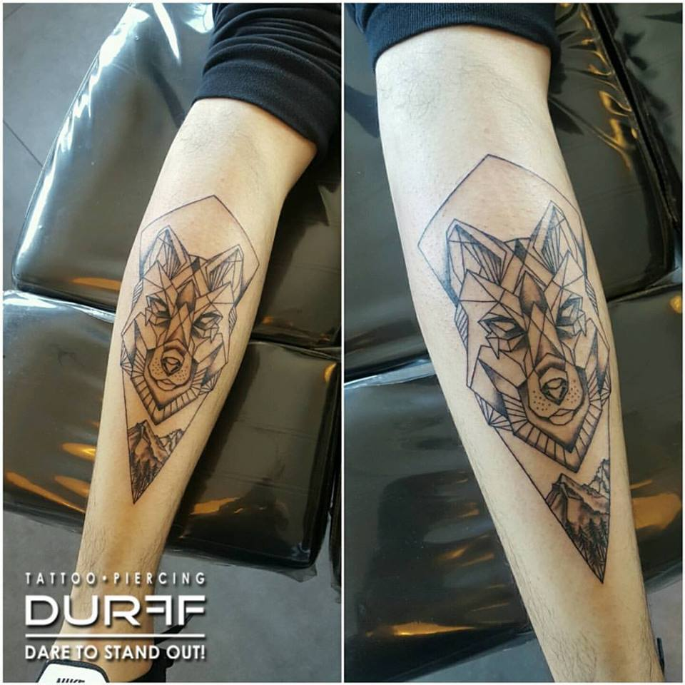 40 Perfectly Symmetrical Tattoo Designs You Must See