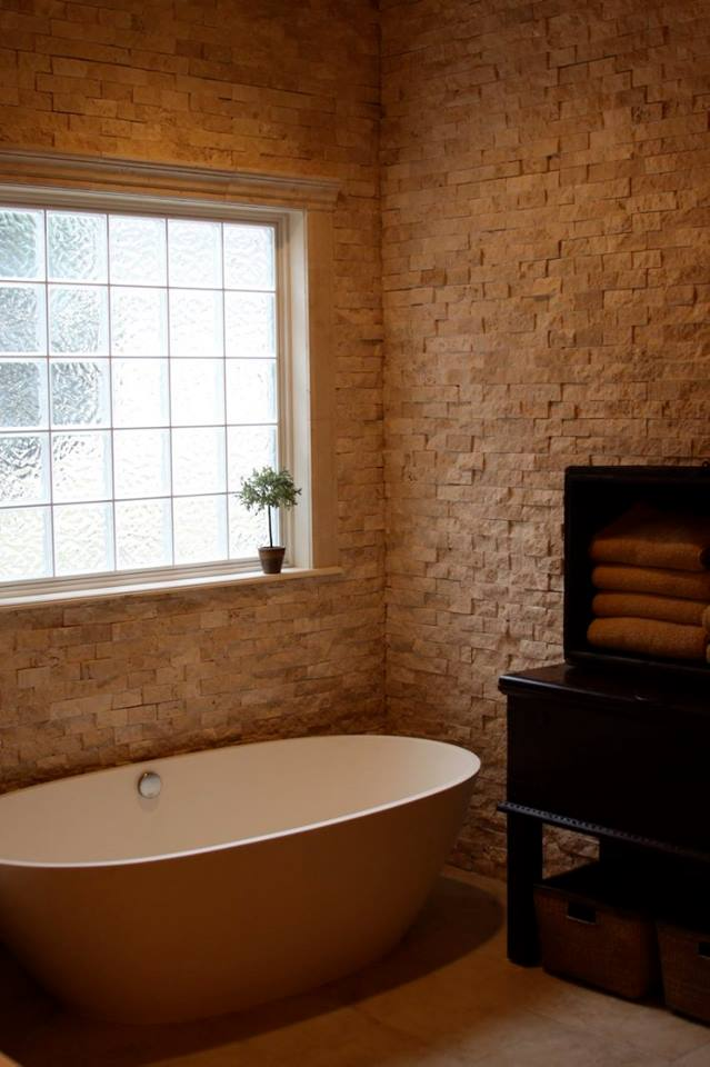 40 Spectacular Stone Bathroom Design Ideas: 40 Warm Stone Bathroom Design Ideas That You Will
