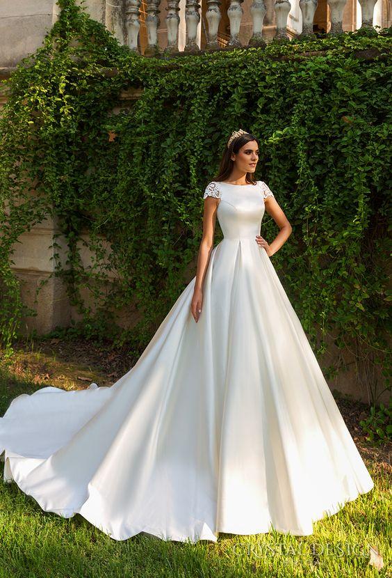 30 Stunning And Awe Inspiring Crystal Design Wedding Dress 2019