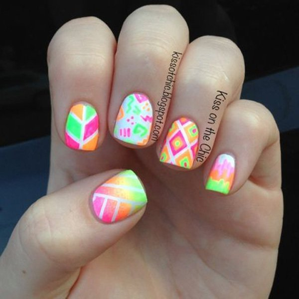 30 Phenomenal Ombre Nail Art Designs that are Simply Out