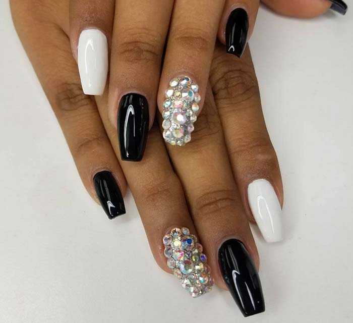 50 Trendy Acrylic Nails Art Design That Are Simply Loved By Artistic Minds