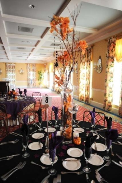 halloween wedding table settings