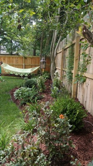 30+ Inexpensive But Innovative Backyard Garden Landscaping