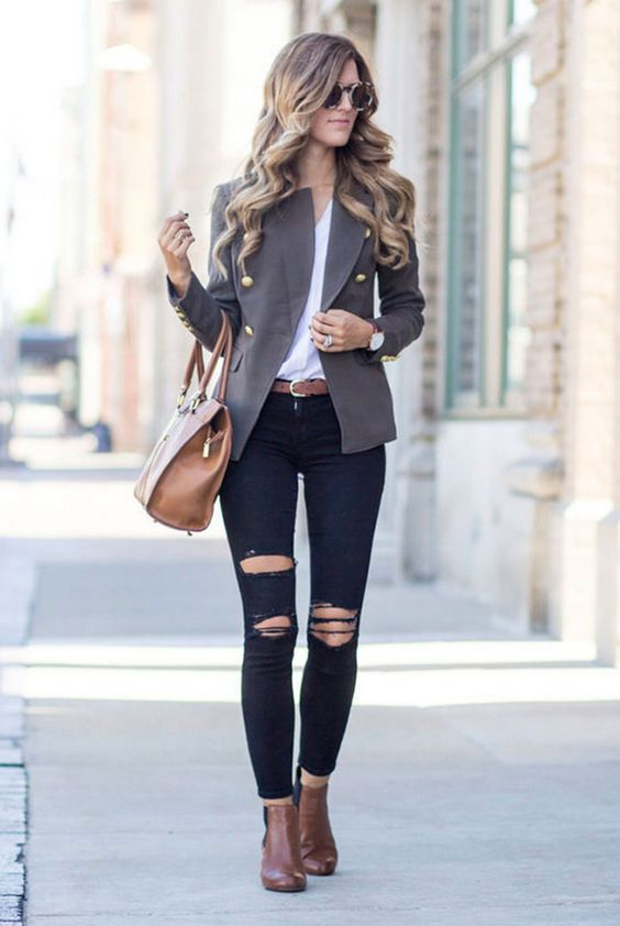 27 Fashionable And Trendy Blazer Work Outfits To Wear