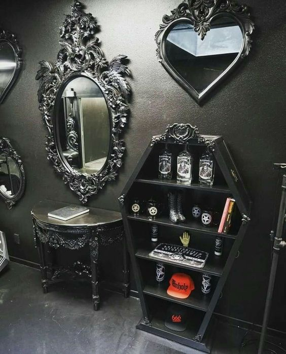 36 Dramatic Home Gothic Décor Design Ideas That Reek Of