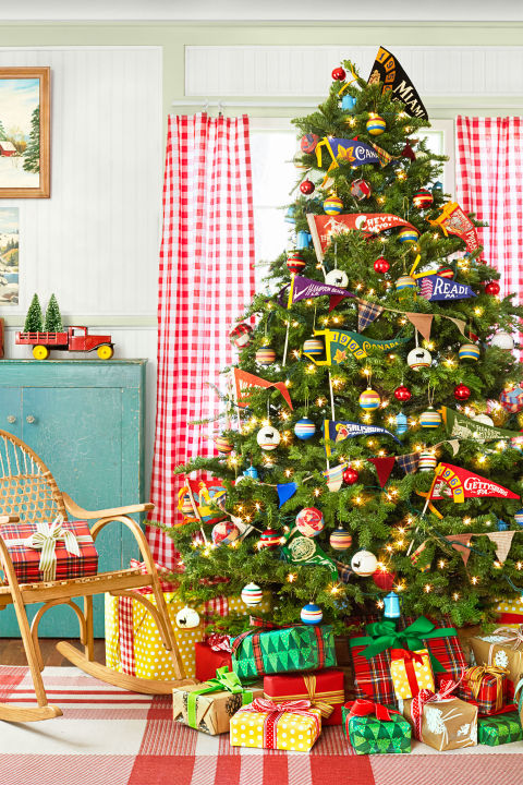 camp style decoration camp out themed decoration christmas tree decorating ideas