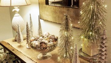 Christmas Foyer Decor