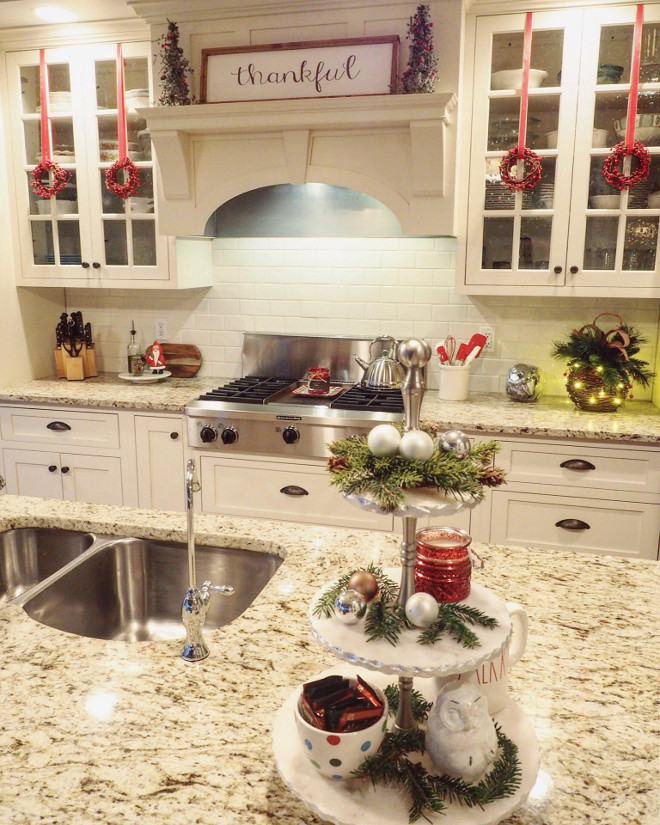 Kitchen Decorated For Christmas: 30 Awesome Christmas Decoration Ideas