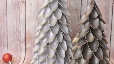 Plastic Spoon Christmas Trees By One Project Closer