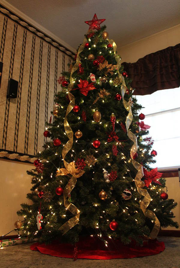 traditional christmas tree decorating ideas