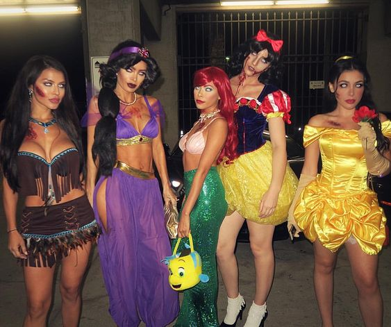 Female Group Costumes Halloween.Creative And Spooky Group Halloween Costume Ideas Will Blow Your Mind
