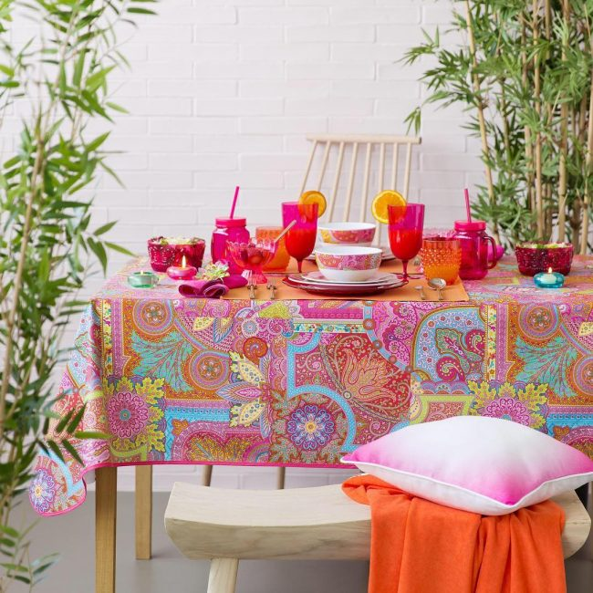 ... #Linens #Settings #Style Tablecloths Made Of Polyester ...