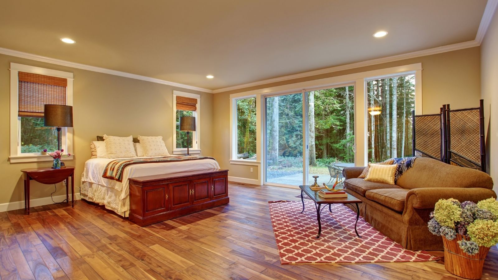 5 Tips For Decorating A Large Master Bedroom